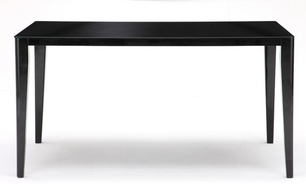 ... シンプルダイニングテーブル